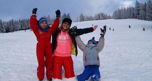 juegos en la nieve con nios